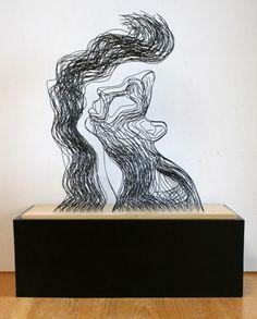 Wire sculptures by Gavin Worth