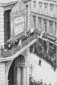 Berlin, Friedrichstraße, Balkon Panoptikum 1885.