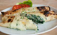 Gevulde pannenkoeken met spinazie en ricotta Budget Meals, Fresh Rolls, Ricotta, Lunches, Pancakes, Veggies, Pizza, Vegan, Chicken