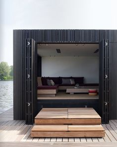 dutch houseboat