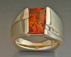Gold ring with Citrine Glyptic Illusion and diamonds.