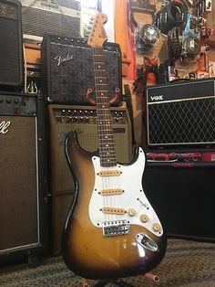 Fender Stratocaster, Fender Guitars, Guitar Strings, Guitar Pedals, Guitar Photos, Guitar For Beginners, Vintage Guitars, Electric Guitars, Cool Guitar
