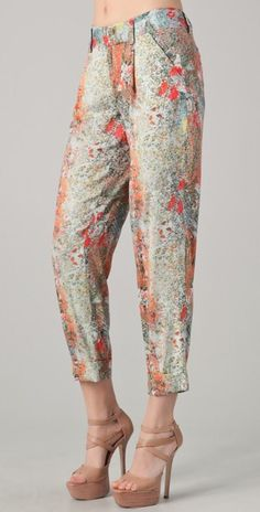 NWT Alice + Olivia Arthur Pants with Splatter pattern. Never got to wearing them but they are gorgeous. Could be dressed up or down - casual Sunday brunch/ shopping with a blue tank and nude wedges, or Id wear these with a white bustier and leather jacket on date night. Great for summer. Material is light - perfect for Mediterranean travels. $80 O - $242