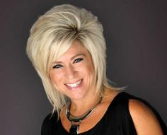"Theresa Caputo (""Long Island Medium"")"
