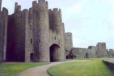 Pembroke Castle of William Marshal Earl pf Pembroke