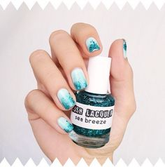 Nail design sea breeze