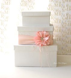 【 MODEL: MADEIRA 3 】    This wedding card box is beautifully made with silk shantung, lace, satin ribbon, silk flower and rhinestones.