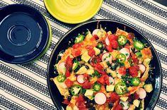 Chicken and Black Bean Nachos by ¡Hola! Jalapeño