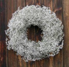 gypsophelia wreath