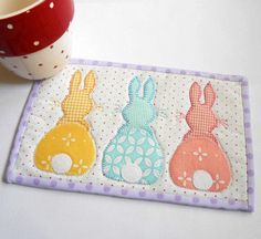 (7) Name: 'Quilting : Bunny Hop Mug Rug