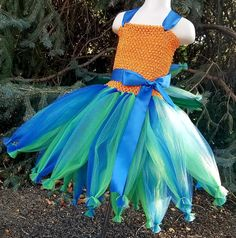 CUSTOMIZABLE Hei Hei Inspired Tutu Dress Hei Hei Costume Hei Heihei Costume, Tutu Costumes, Costume Ideas, Family Halloween, Halloween 2017, Halloween Costumes For Kids, Luau Party, Activities For Kids, Diy Crafts