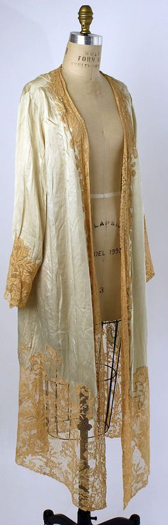 Dressing Gown (American or European), 1920s