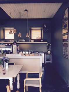 Matkalla Tallinnaan ja hakusessa hyvä ravintola tai kahvila sataman lähellä? Kokeile Kohvik Klausia!