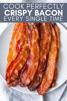 If you want to Cook Perfectly Crispy Bacon Every Single Time, you have to bake it! It's as simple as that. Follow these basic instructions to bake your bacon and make cleanup a breeze. Whole 30 Breakfast, Paleo Breakfast, Breakfast Time, Breakfast Recipes, Lunch Recipes, Low Carb Recipes, Diet Recipes, Diet Meals, Cooking Bacon