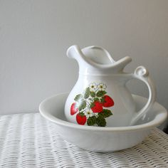 McCoy Vintage Water Pitcher and Bowl Set - Strawberry Country