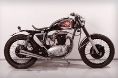 BSA 650 lightning |   War times have taught us great lessons and one them is in desperate times people can create remarkable things. During the First World War BSA produced rifles, Lewis guns, shells, motorcycles and other vehicles for the war effort.
