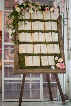Seating chart wedding - A Book Loving Couple's Dream 33 Inspirational Photos for a Literary Wedding – Seating chart wedding Storybook Wedding, Wedding Book, Dream Wedding, Library Wedding, Wedding Souvenir, Love Story Wedding, Wedding Planner Book, Luxury Wedding, Wedding Themes