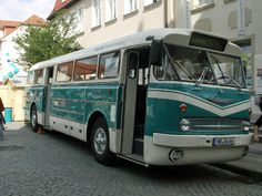 Alle Größen | Ikarus 66 Bus | Flickr - Fotosharing! Bus Engine, Anno Domini, Transport Museum, Bus Coach, Busses, Commercial Vehicle, Eastern Europe, Amazing Cars, Old Cars