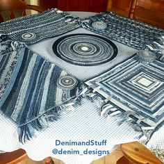 Would you set a denim table with denim placemats, coasters and centerpiece? It's hard to believe people think denim is only for wearing! Funky Furniture, Furniture For Small Spaces, Upcycled Furniture, Recycled Decor, Moroccan Stencil, Old Cds, Denim Ideas, Denim Crafts, Art Template
