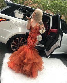 Source by dresses black girls slay orange Black Girl Prom Dresses, Orange Prom Dresses, Senior Prom Dresses, Prom Outfits, Beautiful Prom Dresses, Prom Party Dresses, Girls Dresses, Party Gowns, Mermaid Evening Dresses