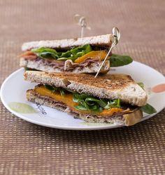 Club sandwich méridional au jambon cru et tapenade - Recettes de cuisine Ôdélices