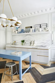 Luxury Kitchen House tour: the Parisian apartment of fashion designer Alexis Mabille - Vogue Australia - Fashion designer Alexis Mabille's invites us inside his Paris apartment. Apartment Kitchen, Home Decor Kitchen, Interior Design Kitchen, Kitchen Furniture, Kitchen Ideas, Interior Design Photos, Furniture Nyc, Furniture Websites, Furniture Removal