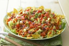 CATALINA Taco Salad -- Chili powder brings the heat, avocado cools things down, and zippy CATALINA Dressing packs a punch in our delicious take on a traditional taco salad recipe. Kraft Foods, Kraft Recipes, Home Recipes, Beef Recipes, Mexican Food Recipes, Chicken Recipes, Cooking Recipes, Ethnic Recipes, Recipies