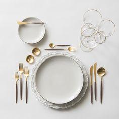The Signature Collection Charger + Heath Ceramics in Opaque + GOA 24K Gold Flatware + 14K Gold Salt Cellars + Chloe Gold Rimmed Stemware | Casa de Perrin Design Presentation