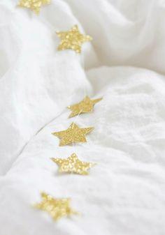 Pretty glitter, star garland