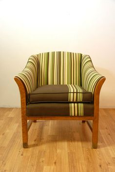Vintage Brown/Ivory/Green chair