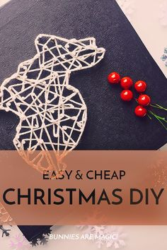 A round-up of easy Christmas DIY ideas. Featuring @SprinkleSomeFun @classyclutter4 @kidscraftroom and @theprettyblog // bunniesaremagic.com