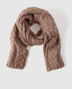 Bufanda de punto en color marrón