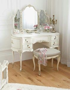 Shabby Chic Furniture: How to Paint and Distress – Shabby Chic Talk Shabby Chic Furniture, Shabby Chic Bedrooms, Bedroom Vintage, Shabby Chic Decor, Shabby Chic Vanity, Cottage Furniture, Farmhouse Furniture, Trendy Bedroom, Farmhouse Table