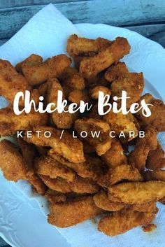 Fried Chicken Bites kept / low carb - This low carb dinner is a perfect dinner option while on the keto diet! Make these fried chicken bites on a busy weeknight for an easy keto dinner! Low Carb Fried Chicken, Fried Chicken Nuggets, Homemade Fried Chicken, Chicken Nugget Recipes, Fried Chicken Recipes, Keto Chicken, Recipe Chicken, Keto Foods, Ketogenic Recipes