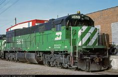 burlington northern railroad images | RailPictures.Net Photo: BN 5821 Burlington Northern Railroad GE U30C ...