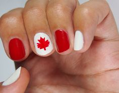 Canada Day nail art July first! Latest Nail Designs, Nail Polish Designs, Nail Art Designs, Fall Gel Nails, Summer Nails, Gem Nails, Hair And Nails, Painted Acrylic Nails, Red And White Nails