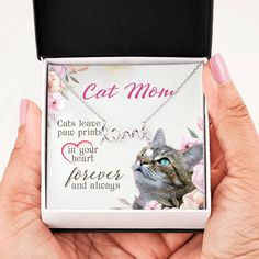 This necklace available in silver and gold is the perfect gift for any cat mom. The message card says cats leave paw prints in your heart forever and always. In Law Gifts, Gifts For Mom, Sister Gifts, Mother Gifts, Love In Cursive, Mama Cat, Sweet Messages, Animal Birthday, Cute Necklace
