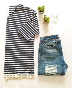 Lace trim navy striped tee // favorite boyfriend jeans