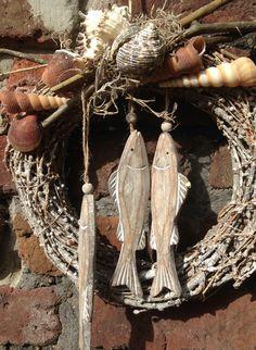 Sommer - maritimer Türkranz - Fische und Muscheln - ein Designerstück von kunstbedarf24 bei DaWanda