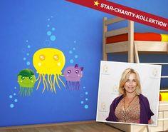 """Mitglied der Stars-Charity-Kollektion ist auch Tina Ruland. Der große Meeresfan entwarf das Motiv """"Quallen""""."""
