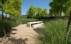 """Jaap Sterk ontwerpt in het tuinarchitecten domein van de tuinen van Appeltern de tuin """" Eenvoud ."""" Categorie: Hedendaags..."""