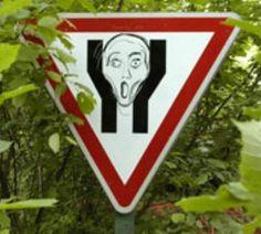 Panneau détourné : #panneau #detourne #route #signalisation #humour #voiture #panel #trafficsign #road #car #chainesbox