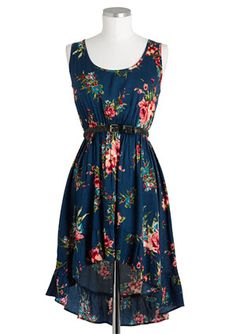 i usually don't like these dresses but this pattern and the colors and the belt are absolutely adorable..