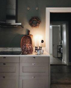 Scandinavian Candles, Scandinavian Home, Home Decor Quotes, Swedish House, Dark Walls, Kitchen Layout, Kitchen Ideas, Kitchen Decor, Bradford