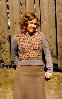 JenniPenni's 40's knits and style. Gorgeous hair and knits she has made herself. Inspiring.
