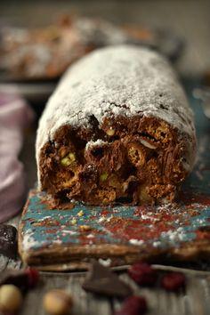 Salame de Chocolate com Frutos Secos | #chocolate #pascoa