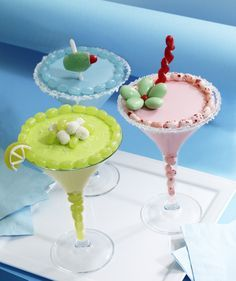 """Toast to a fabulous summer with this easy no-bake """"mock-tail"""" recipe. These cupcakes (yes, cupcakes!) are a whimsical way to celebrate with friends and family. Credit: whatsnewcupcake (Karen Tack and Alan Richardson, authors of Hello, Cupcake! Blue Jelly Beans, Jelly Belly Beans, Candied Lemon Slices, Candied Lemons, Sugar Frosting, Vanilla Frosting, Sunkist Fruit Gems, Jordan Almonds, Green Candy"""