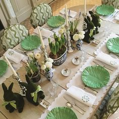 Beautiful Easter table , instagram @1960serena