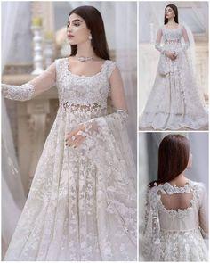 Party Wear Indian Dresses, Desi Wedding Dresses, Pakistani Fashion Party Wear, Designer Party Wear Dresses, Indian Gowns Dresses, Indian Fashion Dresses, Country Wedding Dresses, Boho Wedding Dress, Party Dresses