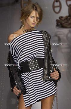 Jacquetta Wheeller at Dolce & Gabbana SS/2003
